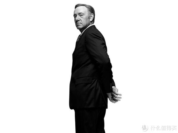 国内很多人认为是接任尼克松的福特,理由是福特也走了党鞭-接任副总统