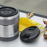 最近对焦距离3CM的SONY索尼SEL30M35微距镜头
