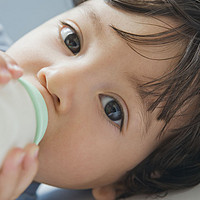 如何理性选择婴儿配方奶粉,兼谈那些流传久远的误区