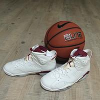并非钟爱乔丹:Air Jordan 6 Maroon 篮球鞋 开箱