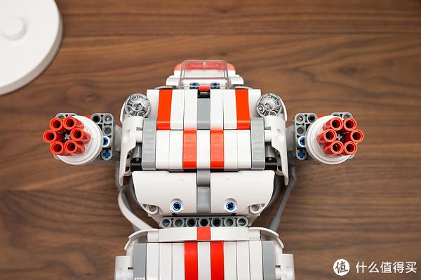 积木床下也有人肉:mi玩具米兔小米机器人晒单v积木玩具成人在线观看图片