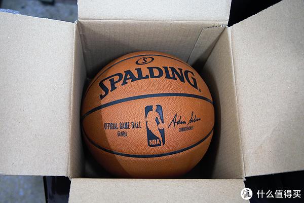 想了好久,等来了SPALDING OFFICIAL GAME BALL 篮球