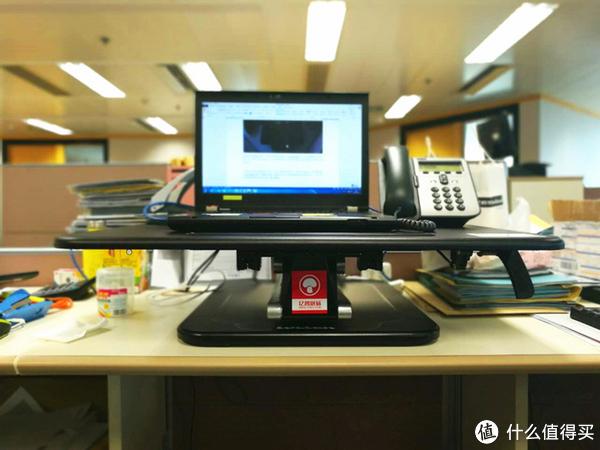 小工位需要将电话等常用设备放置在操作台上