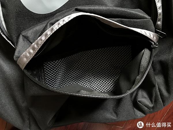 我是Nike粉 篇七:NIKE双肩包&短钱包
