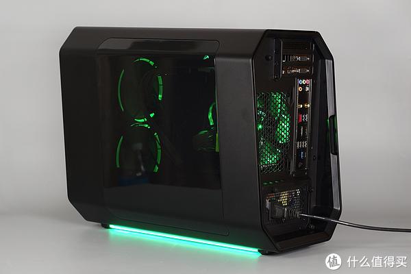 安钛克 Cube-Razer + i5-7600K + ROG Z270ITX 雷蛇主题装机秀