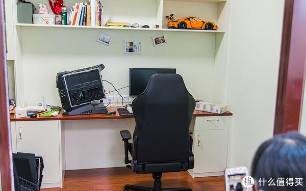 终于有张像样的办公椅 — DXRACER 迪锐克斯 D133 电竞椅开箱