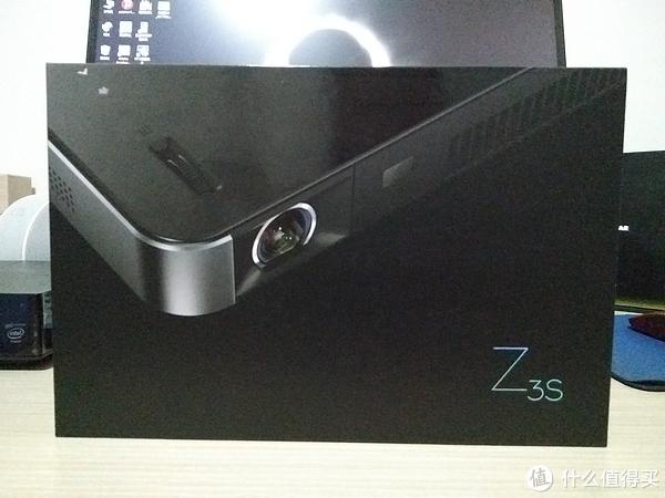 """""""食之无味,弃之可惜""""的产品是否还值得推荐入手 — XGIMI 极米 Z3S 家用投影机使用评测"""