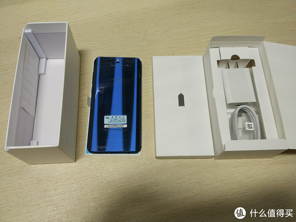 #新鲜速测# 篇一:荣耀9 高配版 6GB+64GB 魅海蓝 购买建议