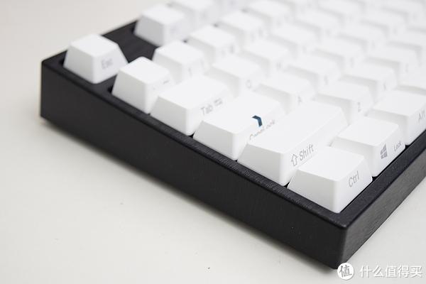 黑白调——阿米洛va104m轻开箱