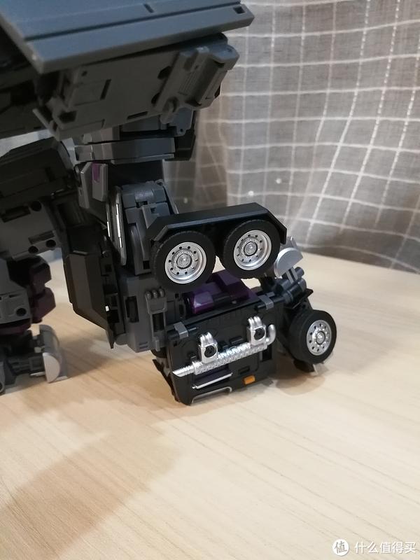 变形金刚玩具 篇117:单体出众,合体成疑——TFM汽车大师