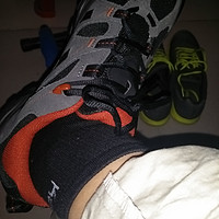 双十一战果——Salomon 萨洛蒙 ALMA 男款全防水轻量徒步鞋(Gore-tex)