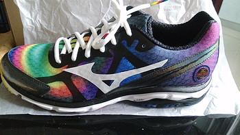 入手人生第一双专业跑步鞋,Mizuno 美津浓 WAVE RIDER 17 J1GC140870 男款跑步鞋