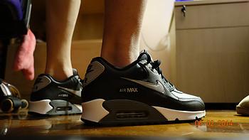 黑卡眼中的 NIKE 耐克 AIR MAX 90 男款气垫运动鞋 537384