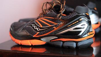 Saucony 索康尼 Hurricane 飓风 15 男款支撑稳定型跑步鞋