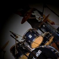 谈谈个人录音工作室 篇二:架子鼓&吉他