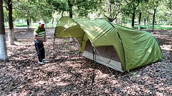 【家有萌宝】Quechua T4 露营家庭基地帐篷 & Ulecamp 悠乐朋 UTL061 户外折叠桌椅套装 & INTEX 68950型 绒毛带拉式单人充气床