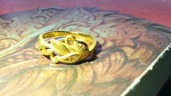 【真人秀】路途遥远,我们在一起吧:周生生 黄金足金树叶戒指 53556r