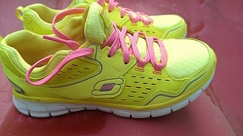 海淘 Skechers 斯凯奇 Prevail 男款运动鞋 & Lister 女款时尚休闲鞋