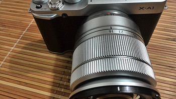 FUJIFILM 富士 X-A1(16-50mm)套机 F3.5-5.6 OIS 银色 开箱、逛展使用体验