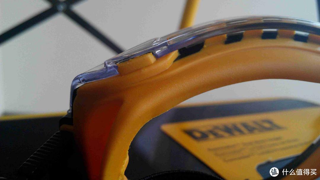 DEWALT  得伟 DPG52-9C 轻型护目镜、DPG82-11C 通风防雾双模多功能封闭安全护目镜
