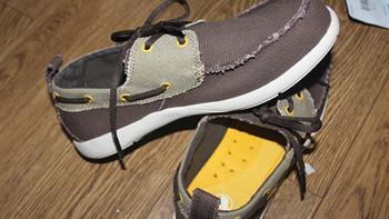 6PM入手三只小鳄鱼:Crocs Walu Canvas Deck 休闲鞋、Kids Aliana 凉鞋、Hover Lace Up Canvas W 帆布鞋