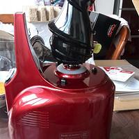 果汁机的世界不太平,新人搅局 NUC 恩优希 NF-7120(DR) 大口径原汁机