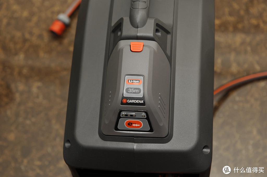 嘉丁拿 锂电伸缩式35米水管车 8025