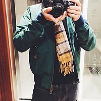 日系英伦范 向经典致敬:Baracuta G9夹克与Barbour围巾