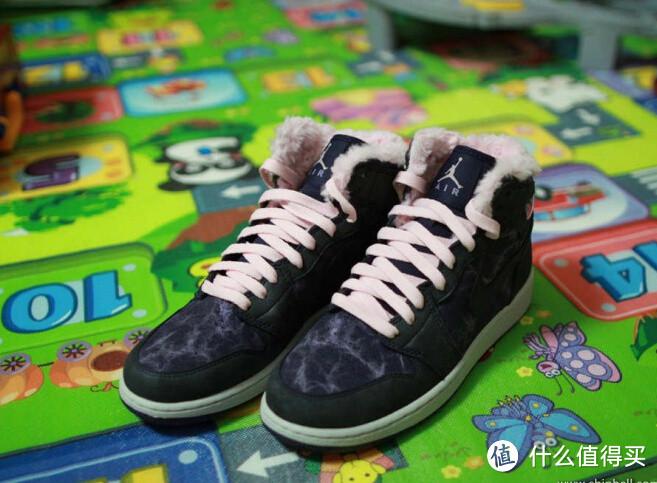 女王无敌:Nike 耐克 Air Jordan 1 RETRO HIGH PREM GS 女款运动鞋