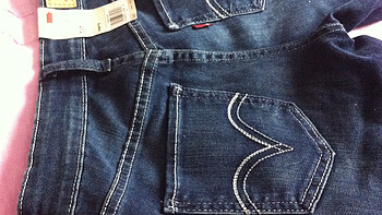 左量右量,尺码还是没选对:黑五美亚直邮 Levi's 李维斯女士牛仔裤和 U.S. Polo Assn. 马球协会polo衫