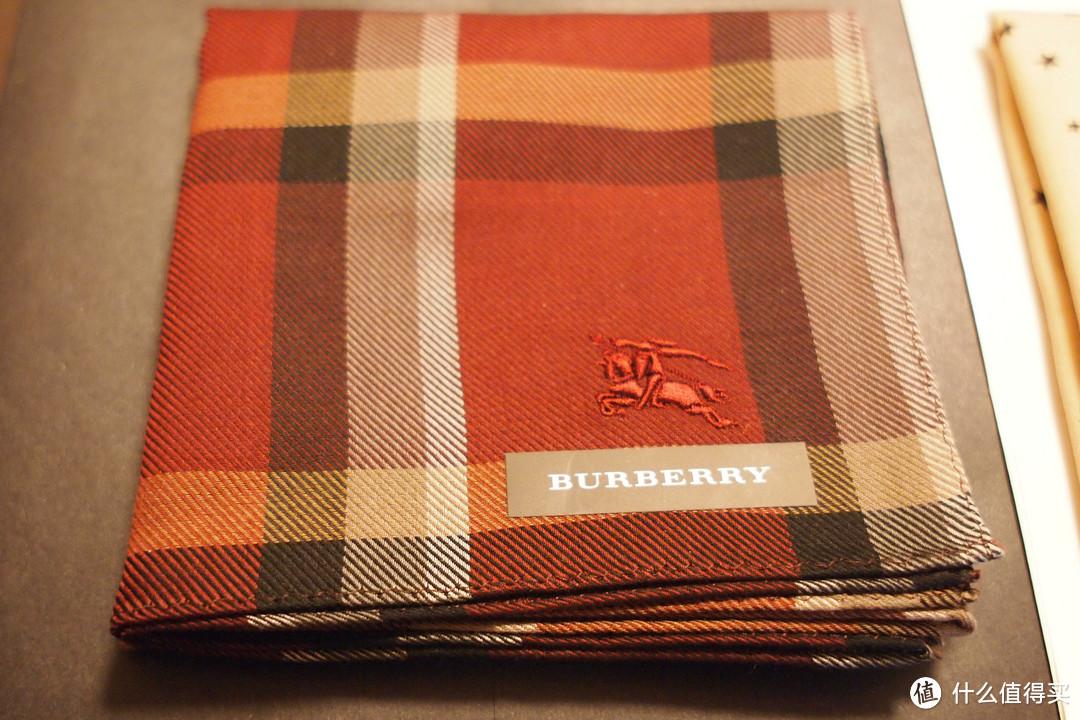 三越百货购入Burberry和GIVENCHY 手帕