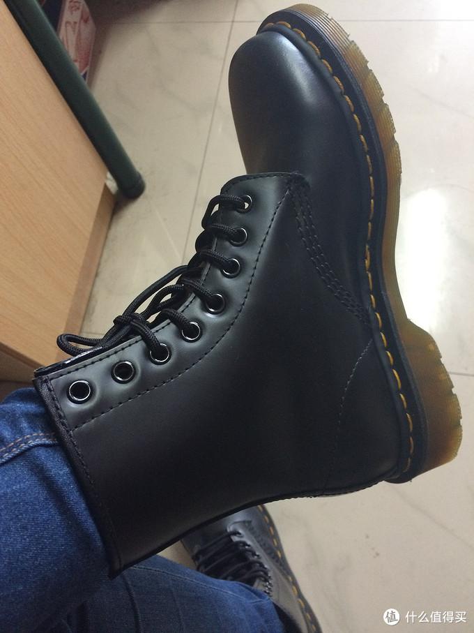 Dr. Martens 1460 经典八孔马丁靴
