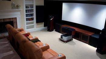 如何组建低预算的家庭影院 — 不发烧只为看电影
