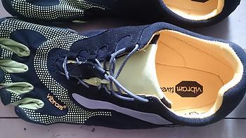 我的第一双五指鞋:Vibram FiveFingers Bikila LS