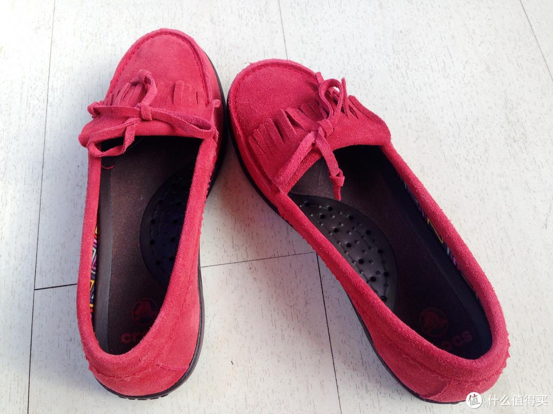 简约舒适:crocs 卡洛驰 阿瑞安娜女士平底鞋