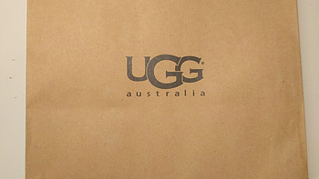 UGG Australia Classic Mini Tropical 女士短筒雪地靴开箱展示(鞋撑|靴筒|鞋底|鞋跟)