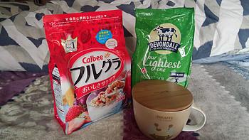 我的完美早餐:水果燕麦+高钙奶粉