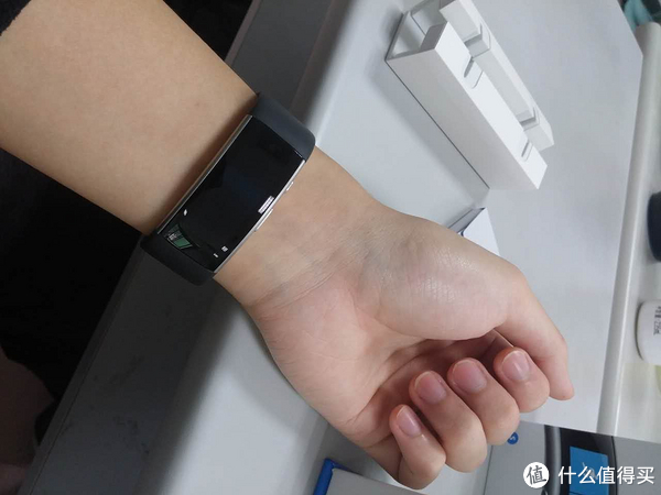 Microsoft Band 2 微软手环 2 更新中文字体+美亚10日到手开箱