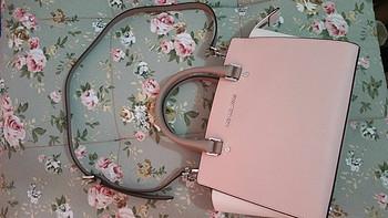 包是否让你满意 篇六:Michael Kors Selma Medium 粉色拼接 女士真皮手提包