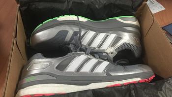 阿迪达斯 SUPERNOVA跑步鞋开箱总结(功能|尺码|颜色)