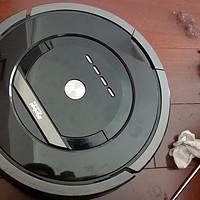 更换电池和清扫让iRobot 880扫地机器人焕然一新,还有更多来凑热闹