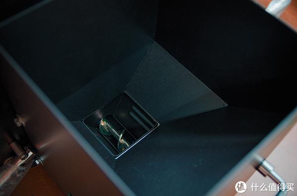 #首晒# 烧烤也智能?GMG Davy Crockett 车载便携烧烤炉