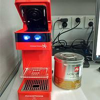 人生需要一点红: illy 意利 Y3 胶囊咖啡机 (红色)使用一个月报告