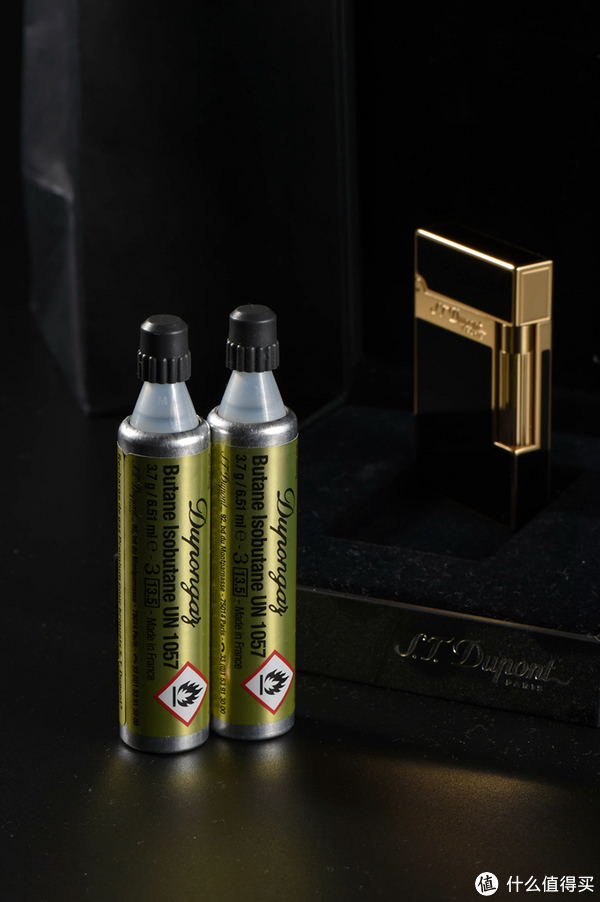 #首晒# 就是不一样的烟火:S.T.Dupont 法国都彭 Ligne 2 中国漆镀金打火机
