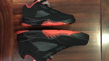情侣鞋入手Air Jordan 5 Retro Low 复刻男子运动鞋