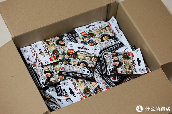 乐高LEGO 71014德国队人仔抽抽乐  包装