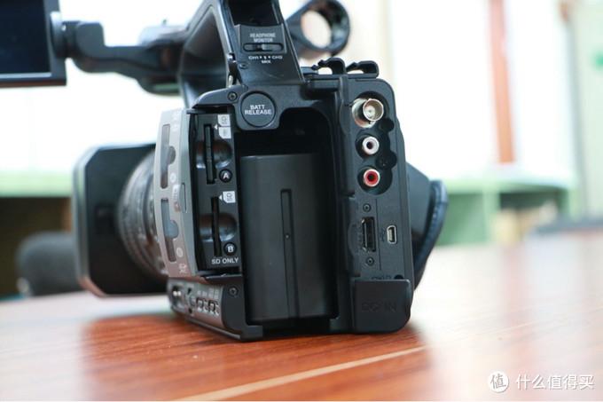 #本站首晒# SONY 索尼 hxr-nx3 专业手持式存储卡高清摄录一体机