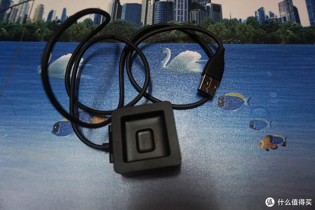 专注运动健身的偏科生——Fitbit Blaze智能手表体验报告