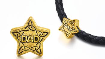 给自己的父亲节礼物 — Chow Sang Sang 周生生 charmeXL DAD星星转运珠