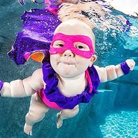 Yuki老师教你如何帮助一岁以内的宝宝游泳:婴儿游泳介绍及游泳装备选购